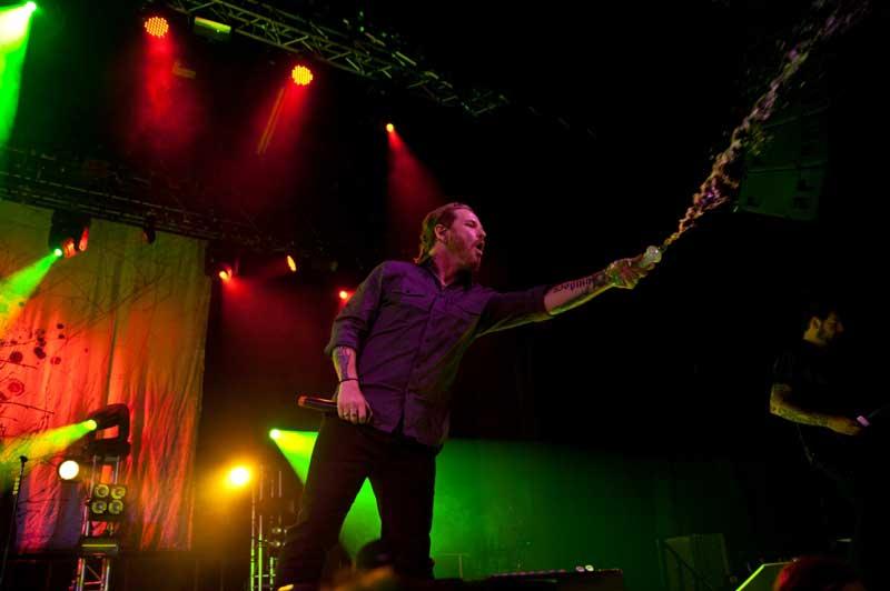Planet Music & Media - Papa Roach